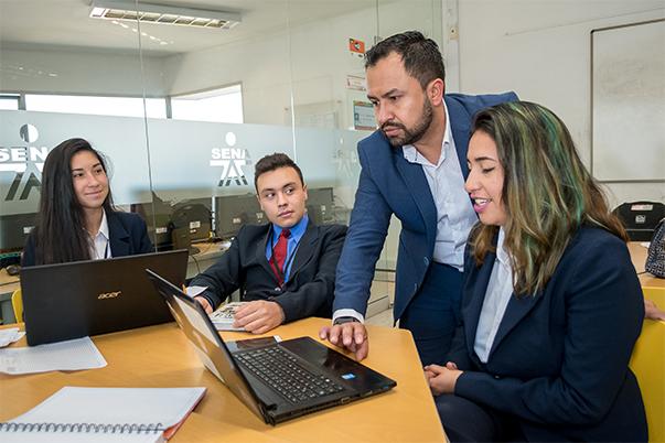 18 mil cupos para programas, nivel tecnólogo y especializaciones tecnológicas, ofrece el SENA